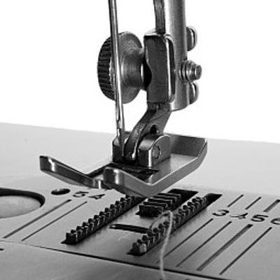 Den oöverstigliga varumärkesutvecklingen av symaskinindustrin